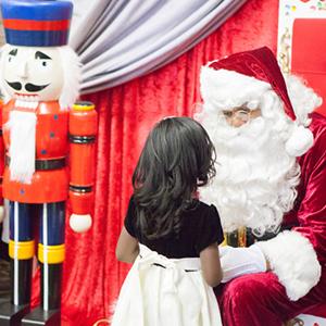 WSU alumnus as Santa